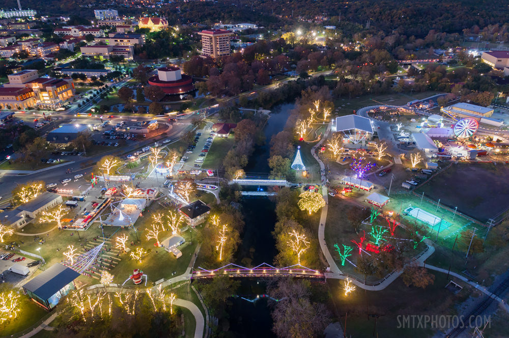 Sights-and-Sounds-of-Christmas-in-San-Marcos-TX